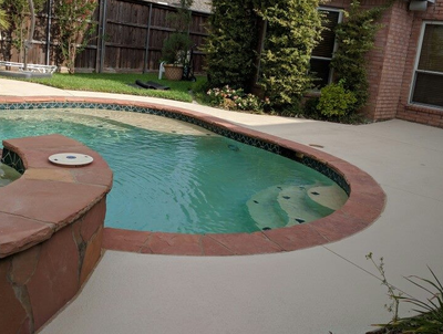 Two toned concrete pool decking in Findlay, Ohio